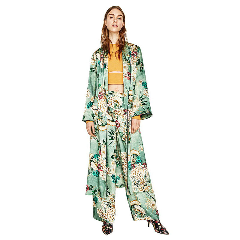 Coats/ jackets / kimono/wraps
